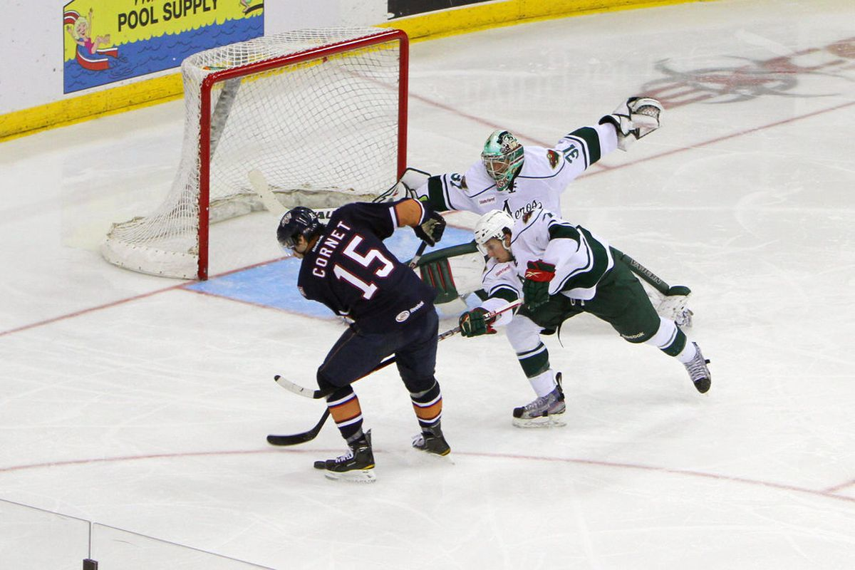 <strong>The moment Hackett finally blew up the lower body injury that started ailing him in Game 1. He'll have the off-season to recuperate. </strong><em>Photo by Morris Molina/Houston Aeros</em>