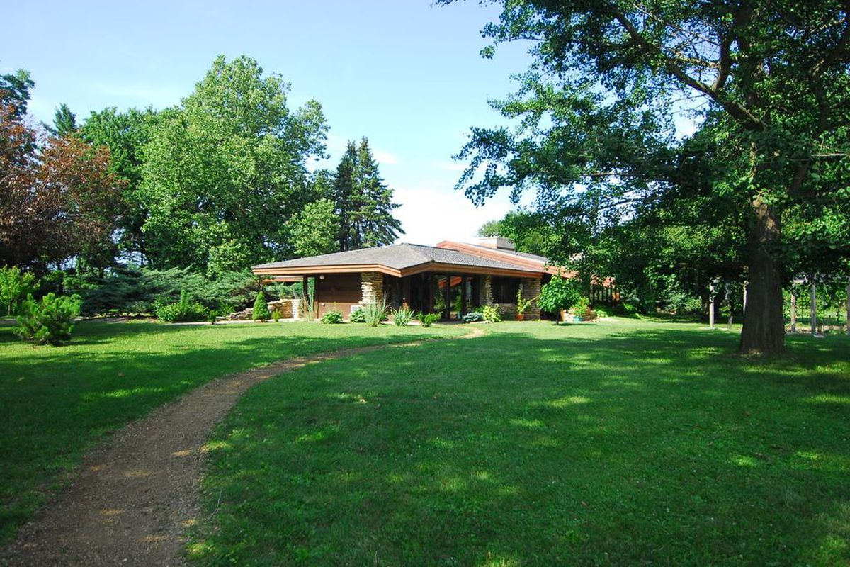 Midcentury Usonian Style Home Still Searching For Buyer