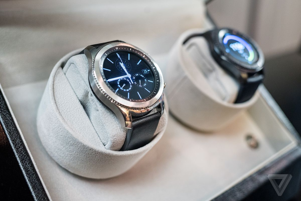 Samsung's Gear S3 has GPS, LTE, and a bigger screen - The Verge