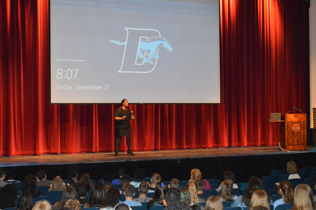 After Wall of Fame induction ceremonies, Ihejirika spoke to assemblies of journalism, English, history and social studies classes about attending Downers Grove South in the racially turbulent 1970s, when it had less than 2 percent minority students, and o