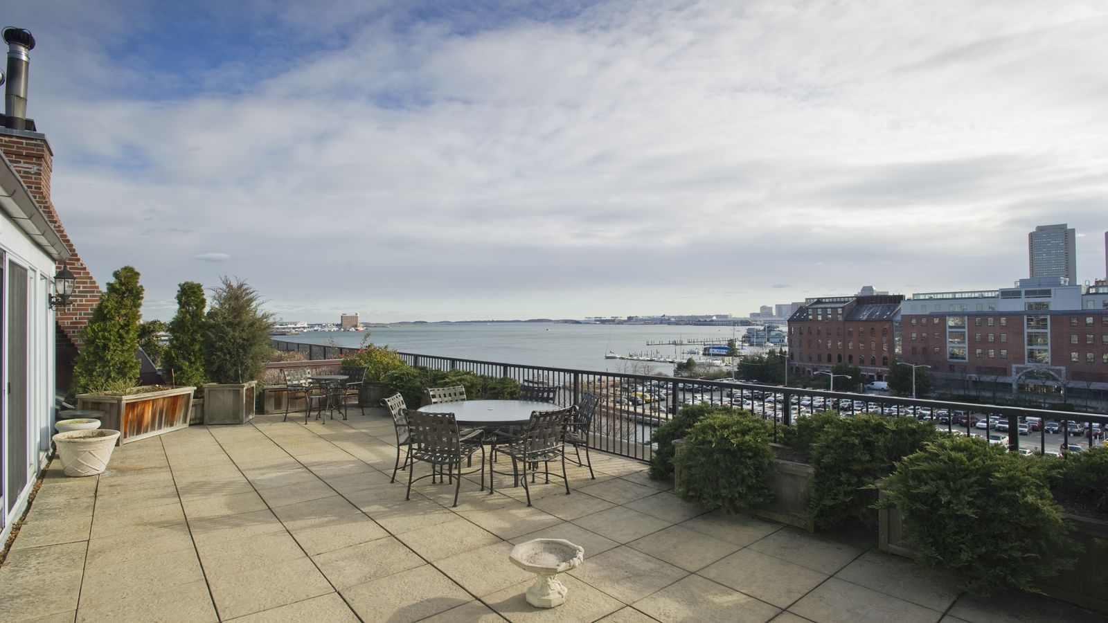 Union Wharf Penthouse Loft Comes With Palatial Private