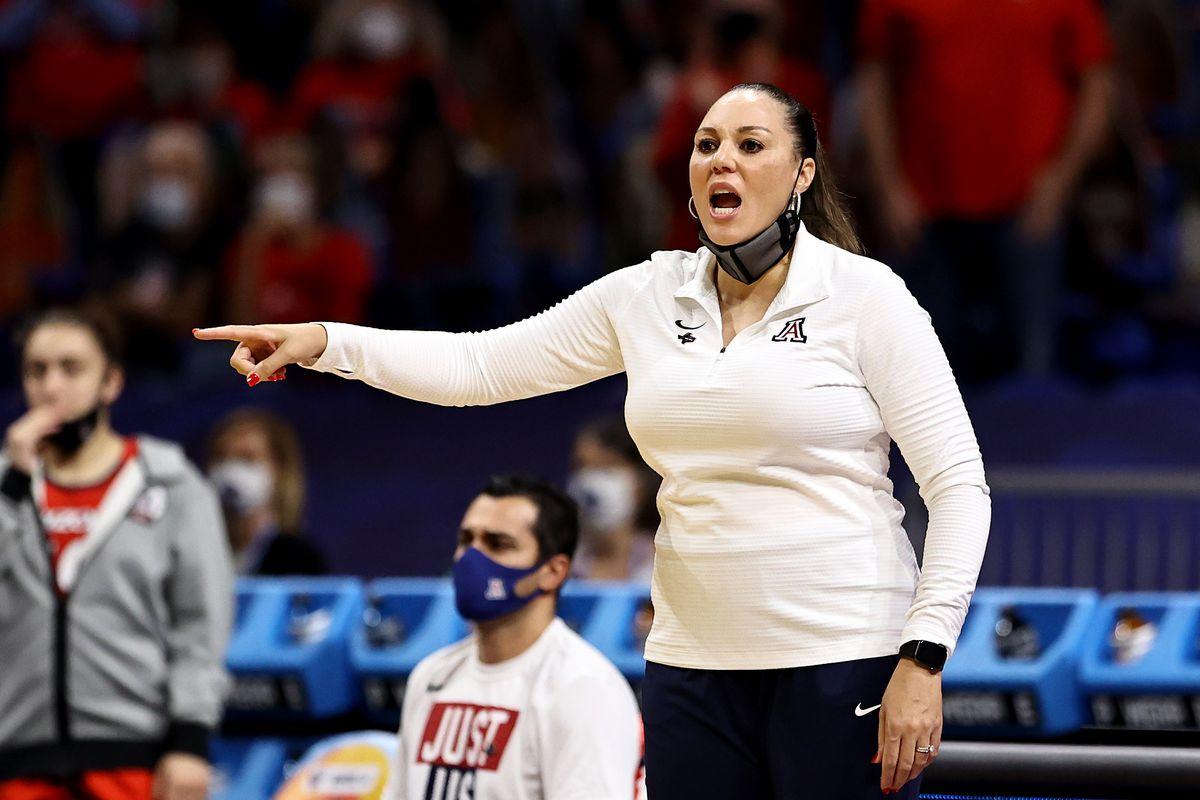 arizona-wildcats-adia-barnes-tommy-lloyd-basketball-contracts-salary-info-ABOR-2021-ncaa-sanctions