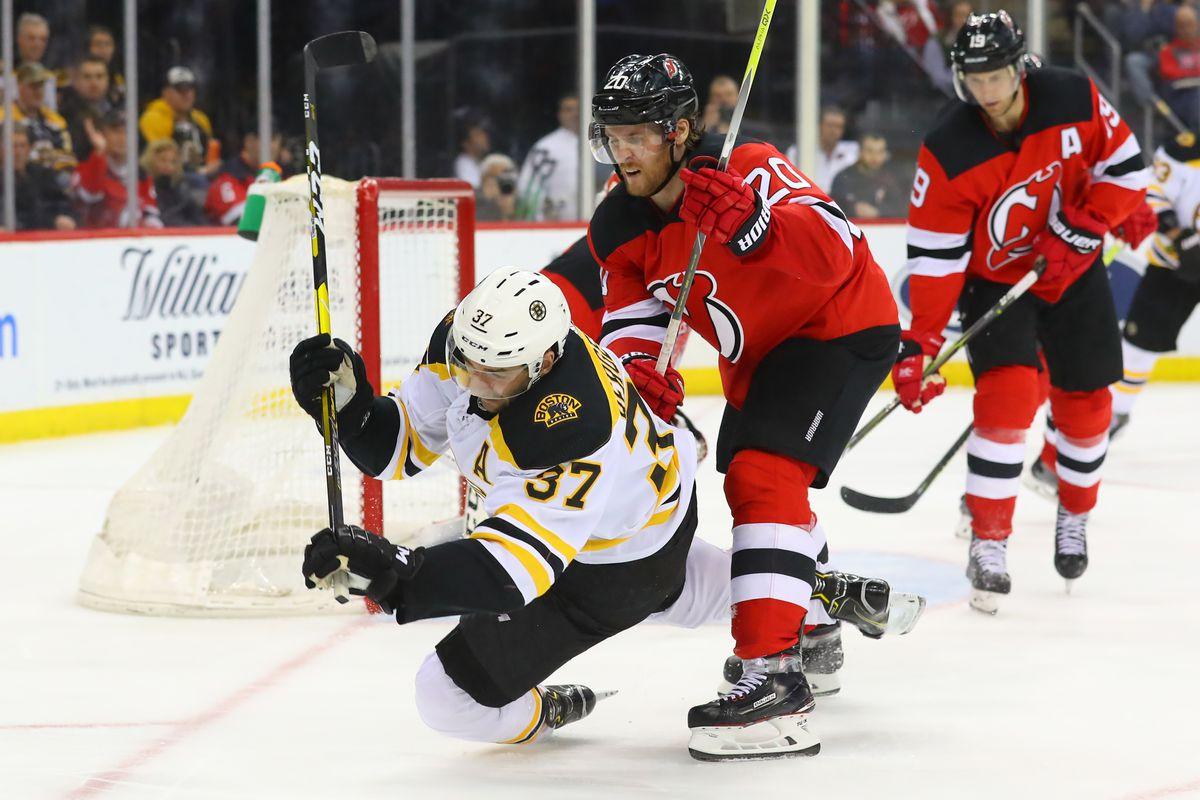 NHL: MAR 21 Bruins at Devils