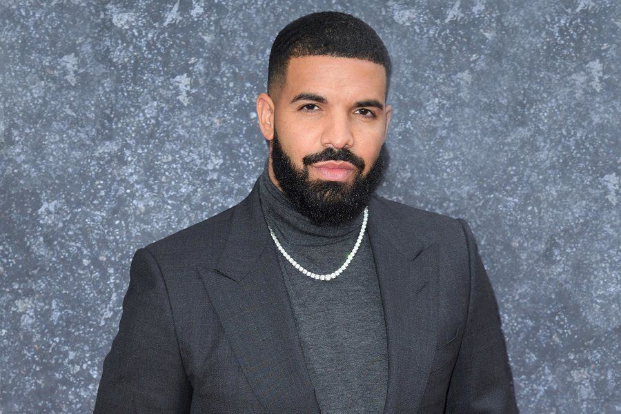 Drake pays tribute to Tupac with $300,000 chains — see here - REVOLT