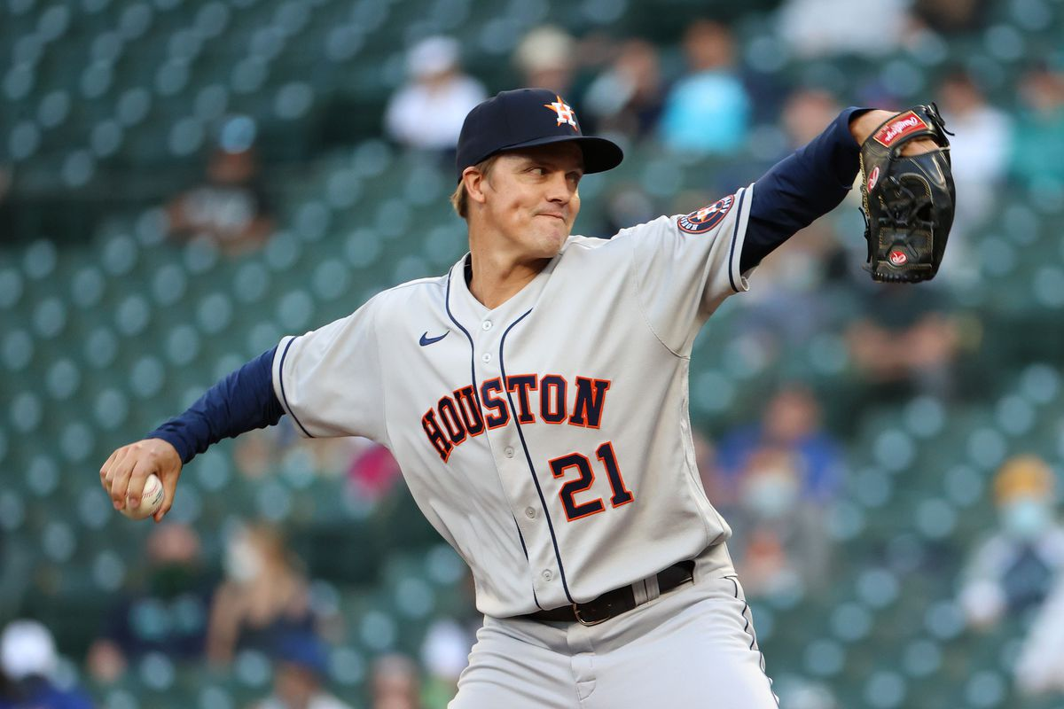 Zack Greinke #21 of the Houston Astros pitches during the third inning against the Seattle Mariners at T-Mobile Park on April 17, 2021 in Seattle, Washington.