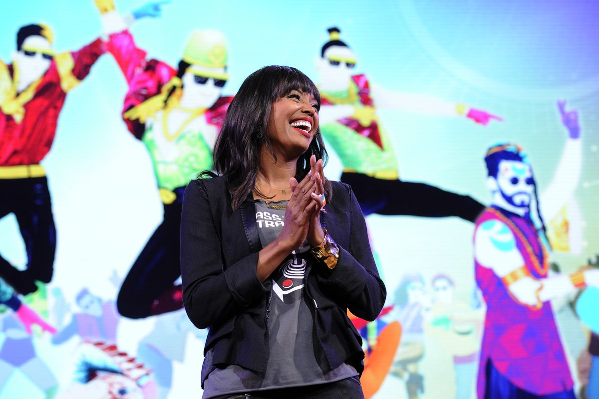 Ubisoft E3 2016 press conference - Aisha Tyler with Just Dance 2017