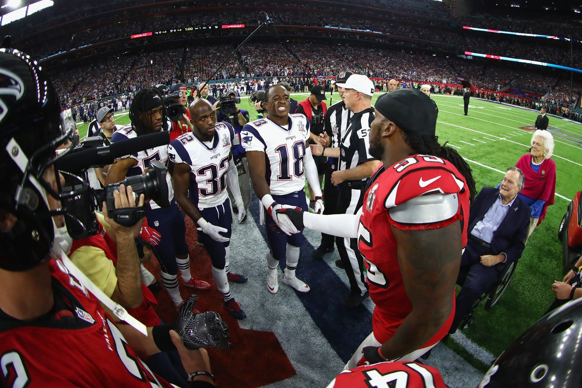 adb7b535 Super Bowl etiquette: Is it OK for players not to shake hands ...