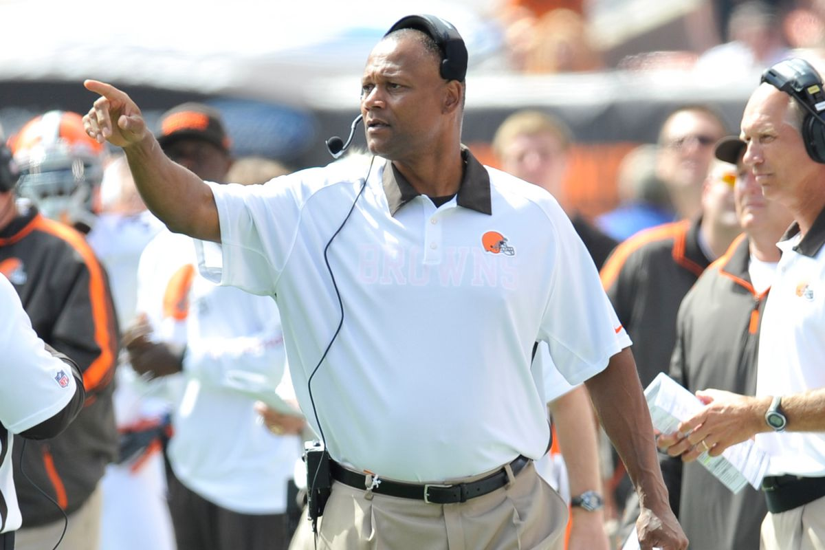 Browns offensive line coach George Warhop could be joining the Chiefs.