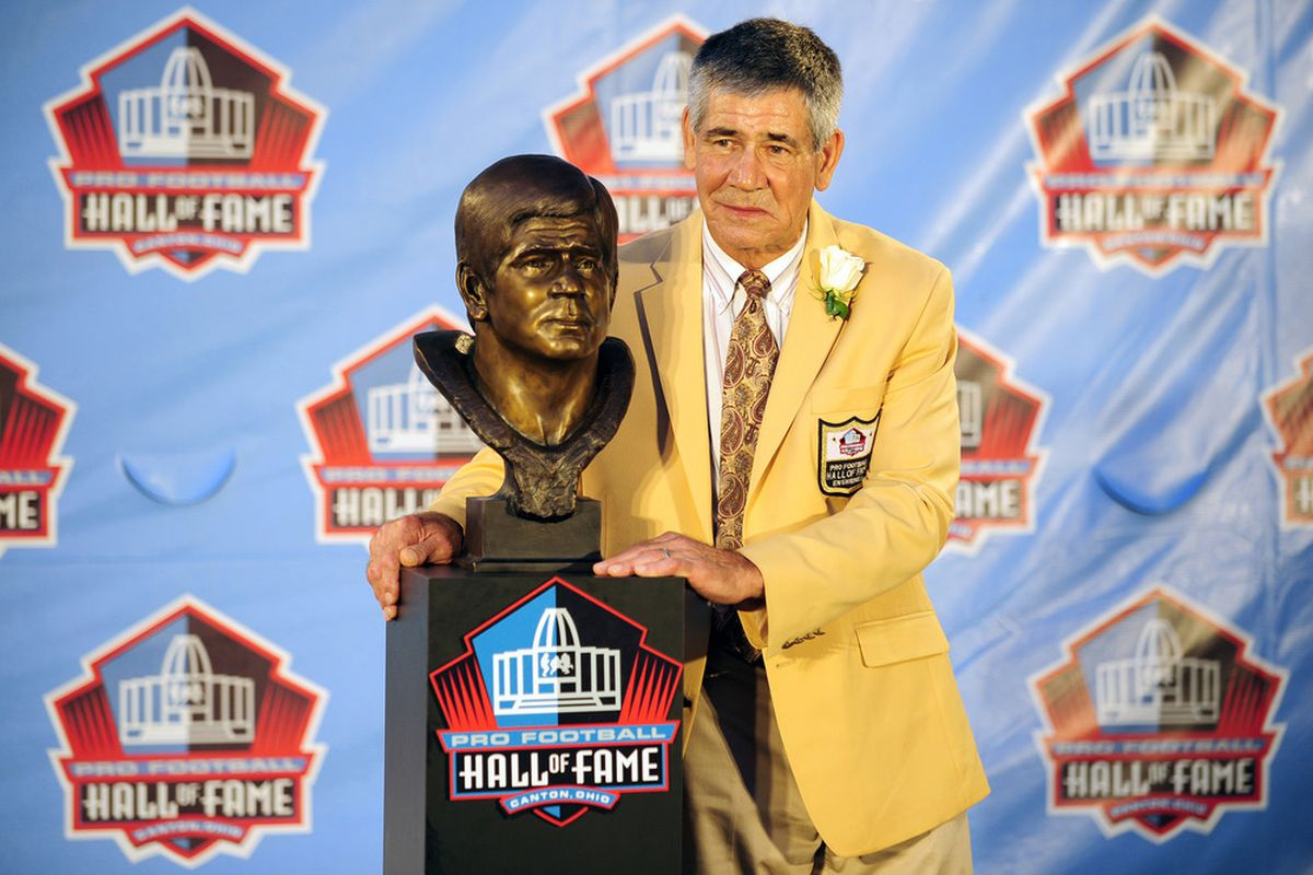 CANTON, OH - AUGUST 6:  Former Washington Redskins linebacker Chris Hanburger stands with his bust at the Enshrinement Ceremony for the Pro Football Hall of Fame on August 6, 2011 in Canton, Ohio.  (Photo by Jason Miller/Getty Images)