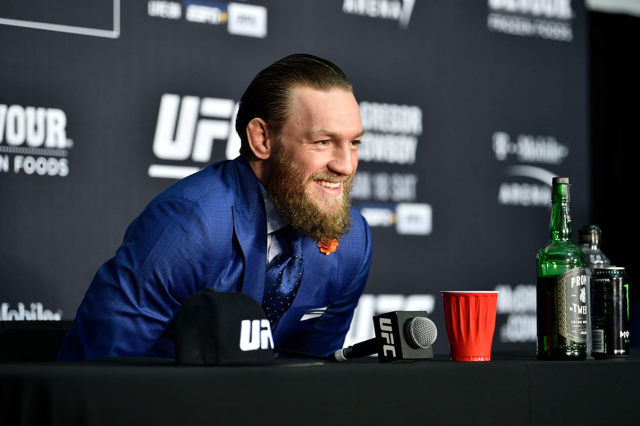 1194588576.jpg.0 - McGregor claims he will box Pacquiao in next fight