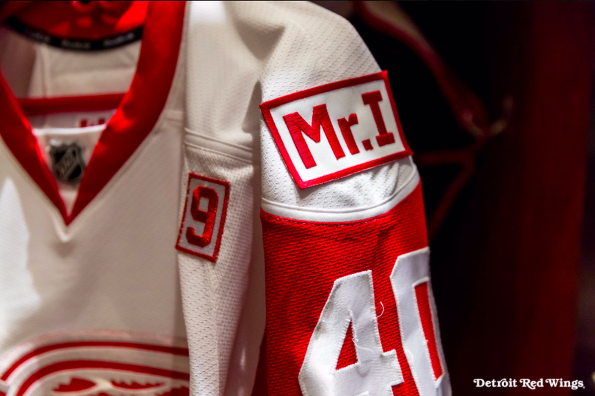 quality design 1d4b9 bfa90 Red Wings to wear jersey patch honoring late owner Mike ...