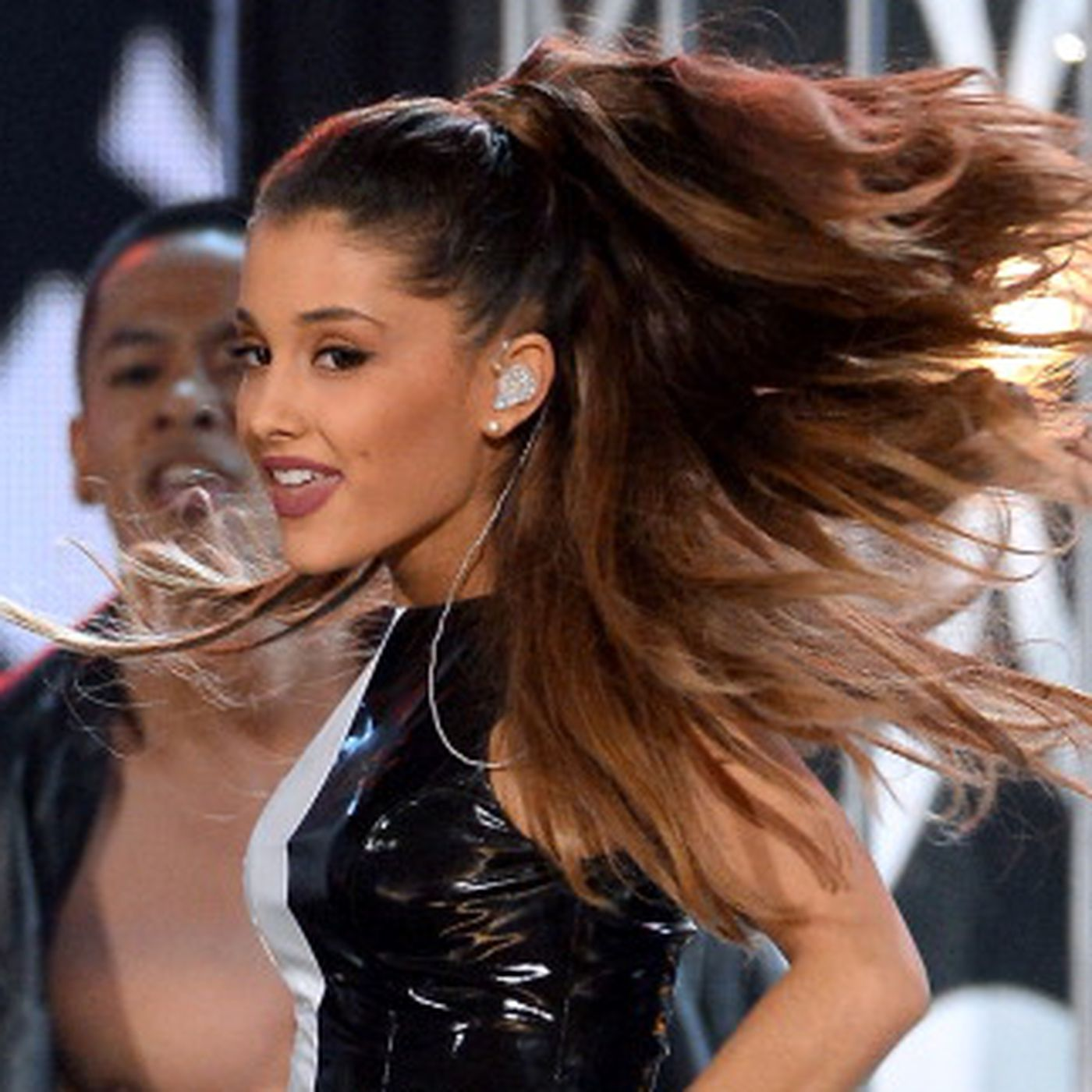 Its Not Just Ariana Grande Female Pop Stars Are Becoming Terrible