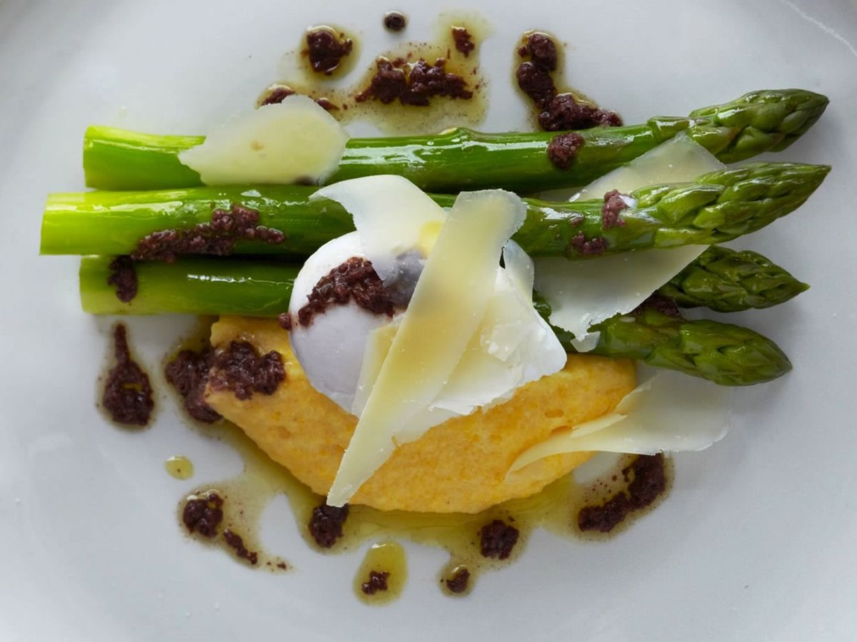 Asparagus at Chez Bruce, one of Balham's best restaurants