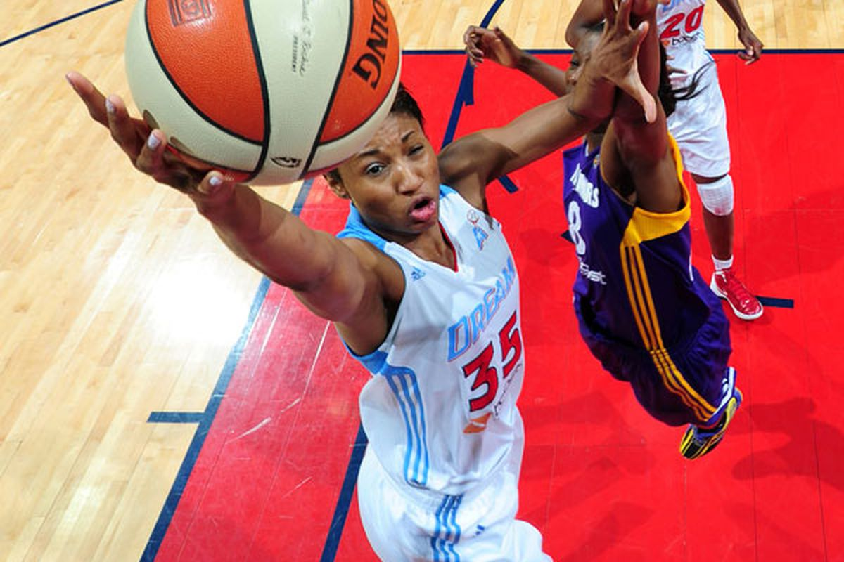 Angel Mccoughtry against the Los Angeles Sparks