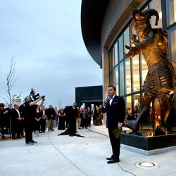 Rob Brough, Hale Center Theatre board chair, unveils the jester statue at the grand opening of the new Hale Centre Theatre in Sandy on Thursday, Nov. 16, 2017.