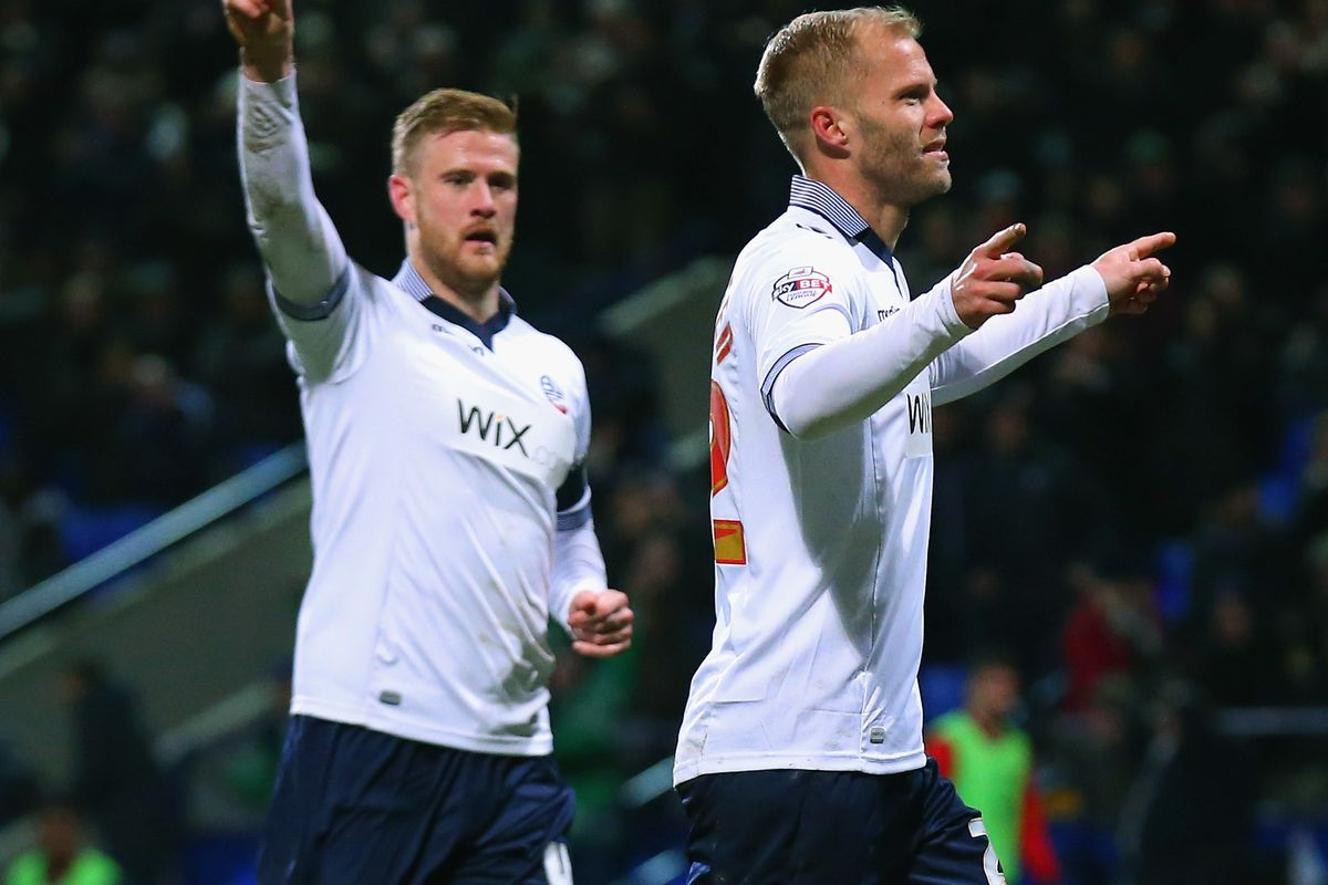 Eidur Gudjohnsen put Bolton 1-0 up from the penalty spot, only for two late Liverpool goals to send them through
