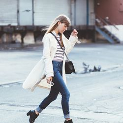 """Jenny of <a href=""""http://margoandme.com""""target=""""_blank"""">Margo & Me</a> is wearing a French Connection trench coat, <a href=""""http://www.7forallmankind.com/Slim_Cigarette_in_Monarq_Blue/pd/c/2858/np/2858/p/9371.html?cid=linkshareaff&utm_source=linkshare&utm"""