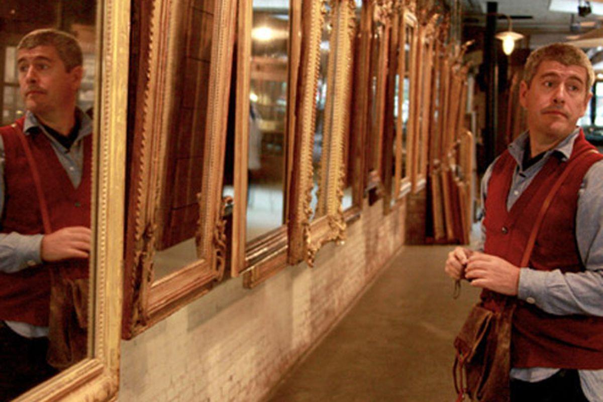 "Shot from Man Shops Globe via <a href=""http://www.sundancechannel.com/man-shops-globe/photos/#/?album_id=210530859&amp;photo_id=11"">Sundance Channel</a>"