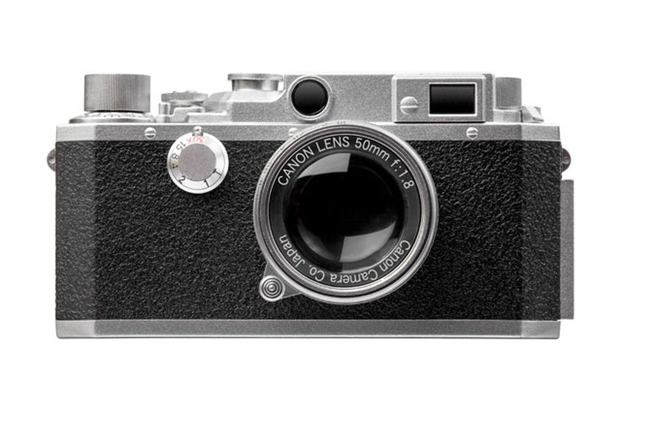 canon finally made a retro mirrorless camera flash drive