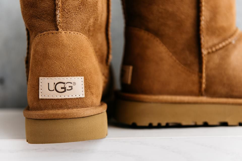 9475db22ec7a93 Some shatnez labs have found linen and wool in Ugg boots. Ugg Facebook