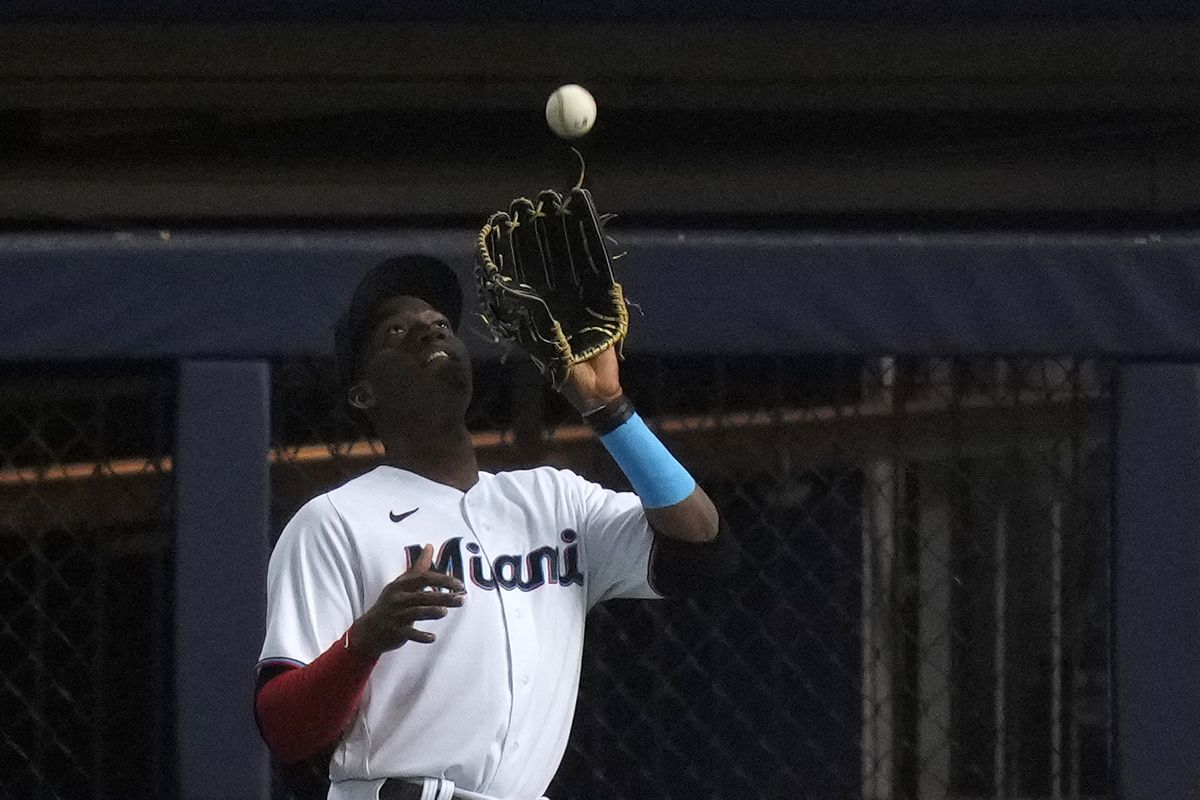 Miami Marlins right fielder Jesus Sanchez (76) catches the fly ball hit by Atlanta Braves second baseman Ozzie Albies (not pictured) in the 1st inning at loanDepot park