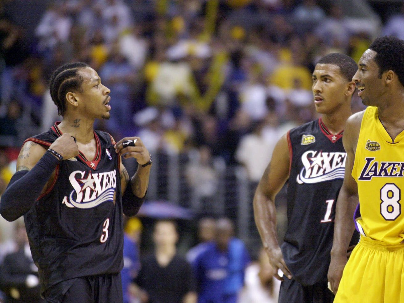 This video shows Allen Iverson and Dwyane Wade hugging after Kobe Bryant tribute