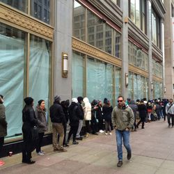 State St H&M Store  Photo: Lani Love