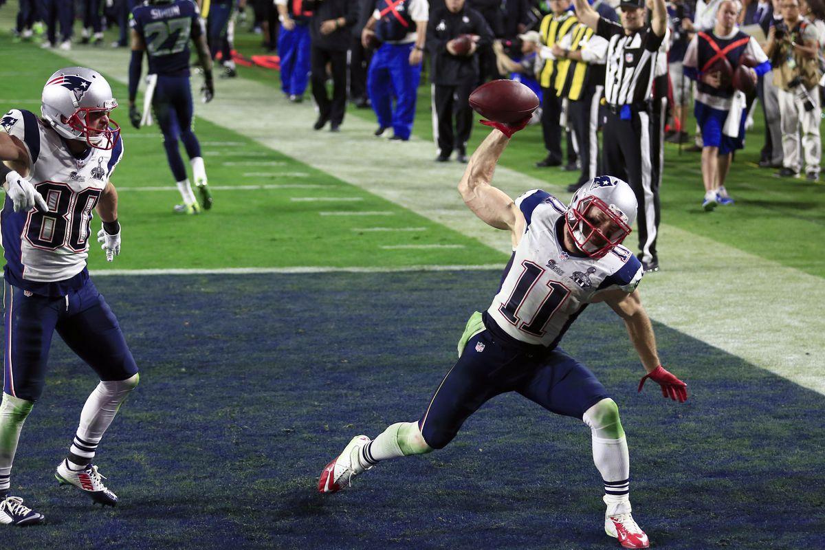 Julian Edelman /& Tom Brady Super Bowl XLIX Photo 11 x 14