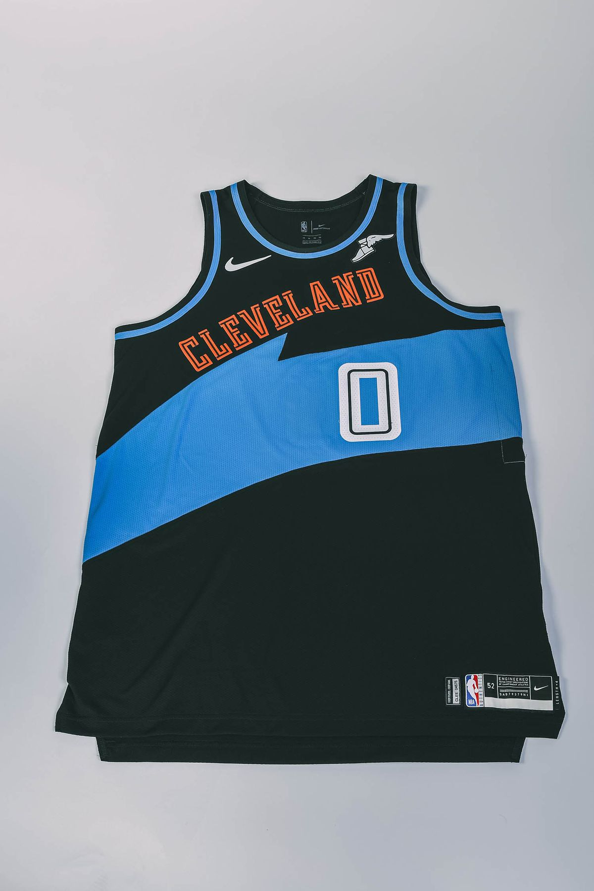 lowest price 01fb9 4d87e Cavs debut 'Classic' edition jersey, court for 2019-20 ...