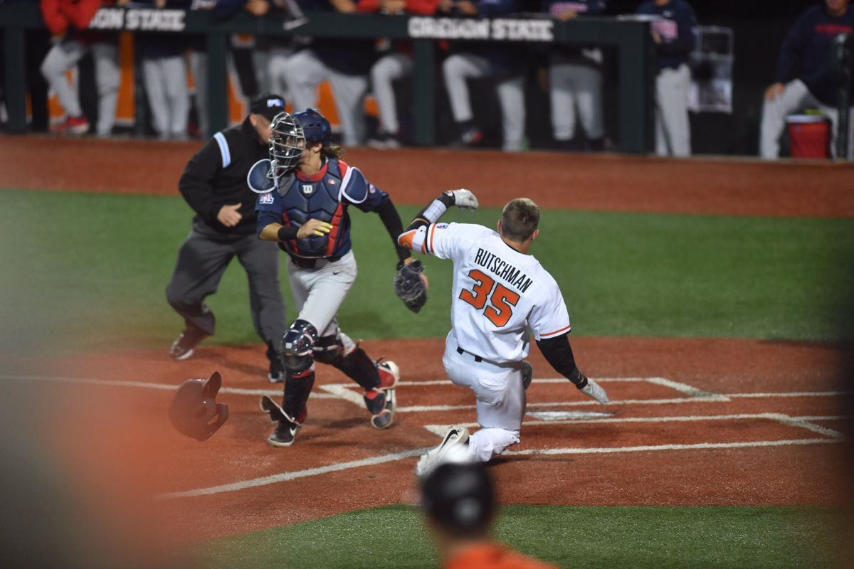 No. 2 Oregon State blows out Arizona baseball in first game of Saturday's doubleheader