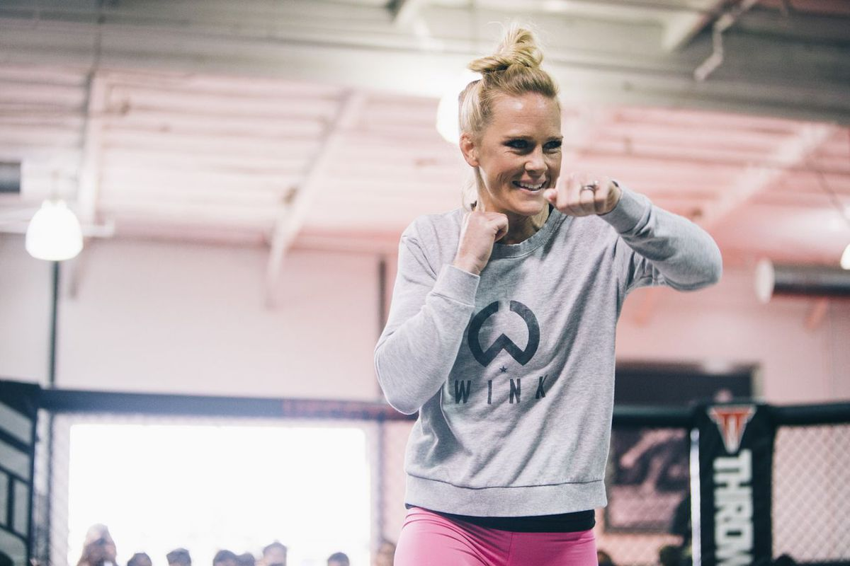 Holly Holm signs new six-fight contract with UFC