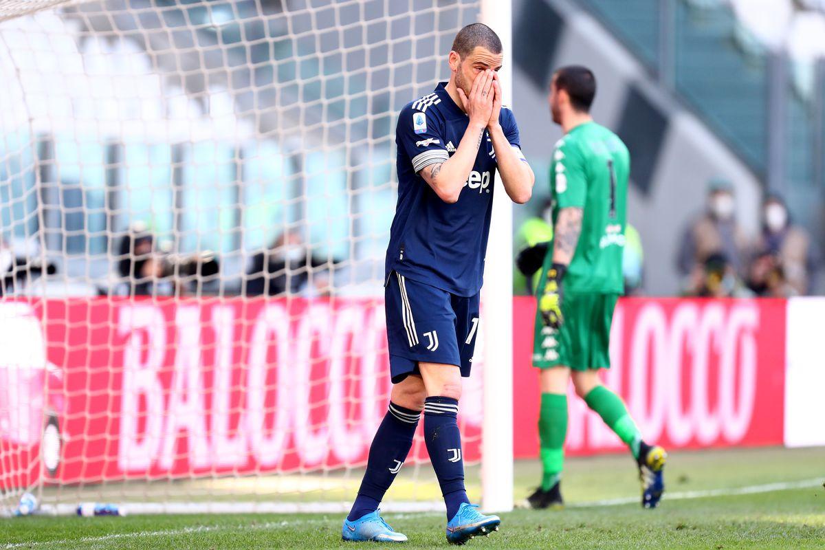 Leonardo Bonucci of Juventus Fc despairs during the Serie A...