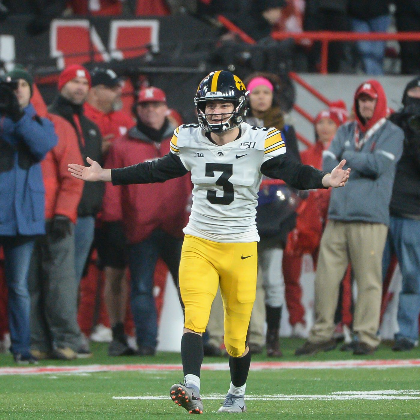Iowa Football 2020 Position Previews Specialists Black Heart Gold Pants