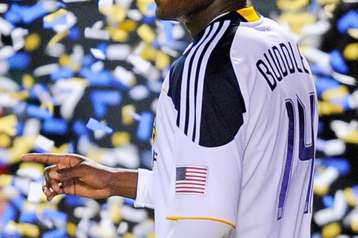 Edson Buddle's two goals enabled the Galaxy's victory in the first round of the Superclasico