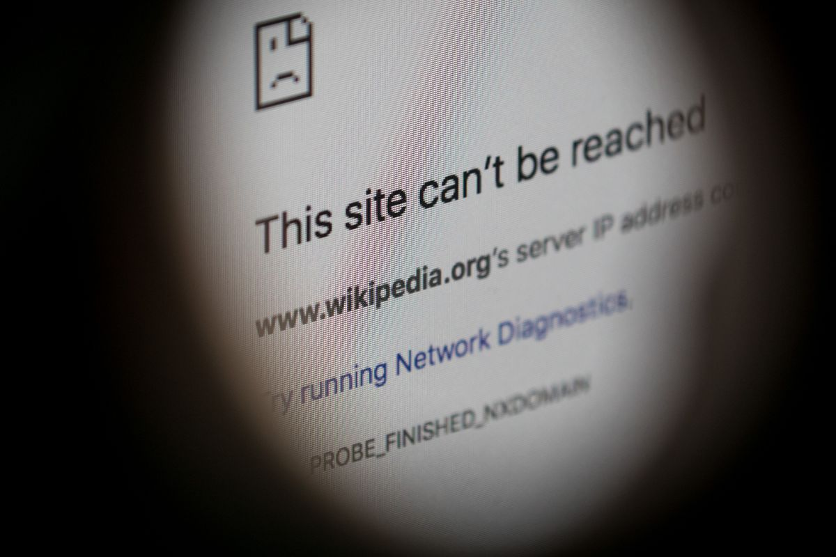 Turkey marks one year without Wikipedia - The Verge