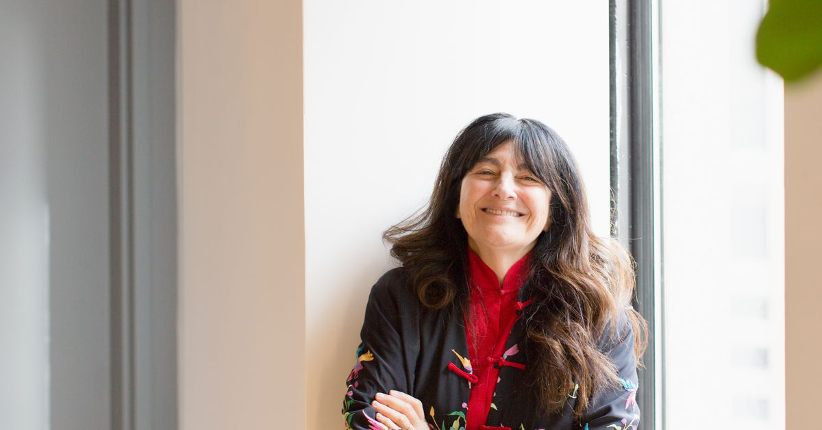 Ruth Reichl Relives the Golden Age of Gourmet in Memoir 'Save Me the Plums'