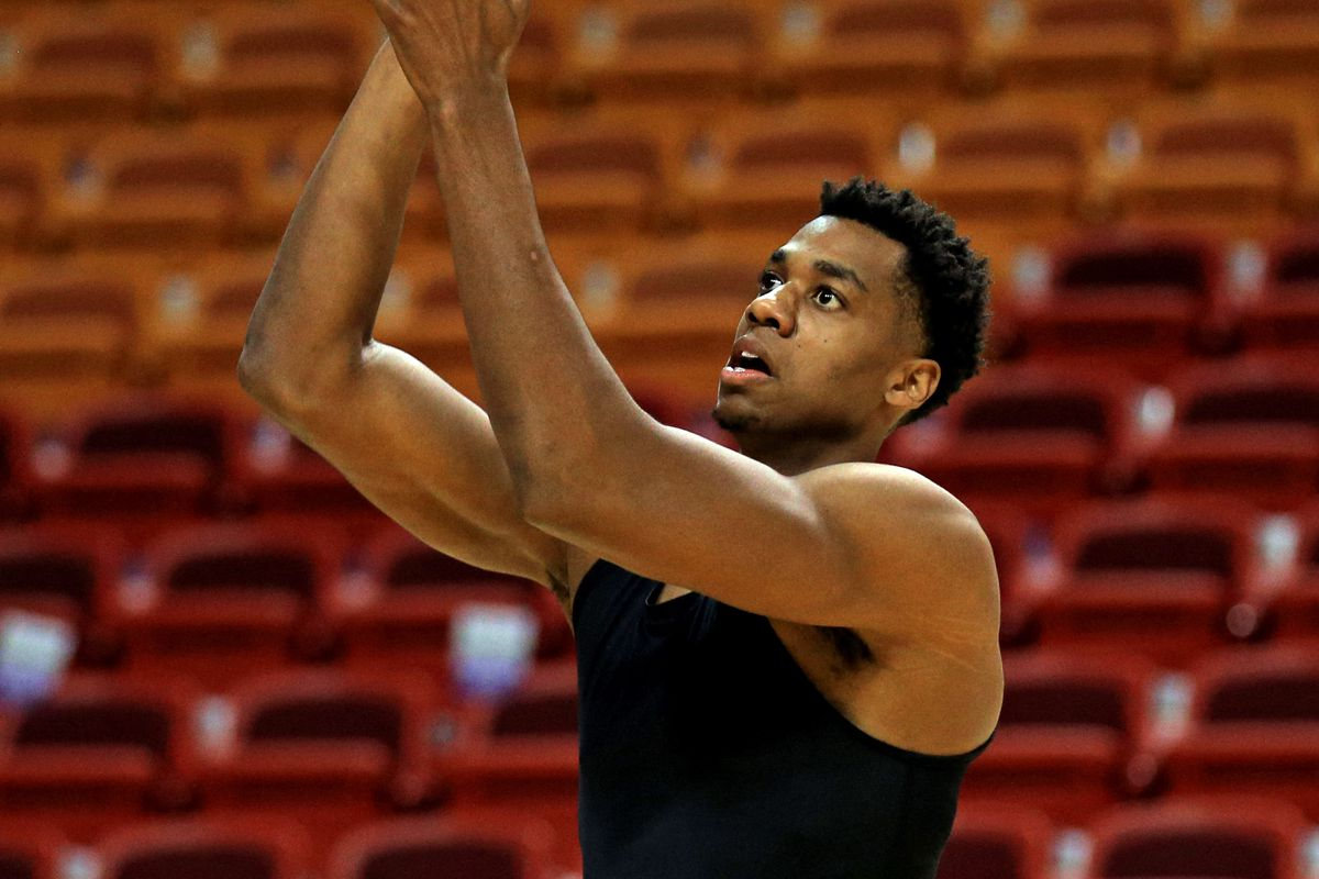 Hassan Whiteside becomes first player to ever go from