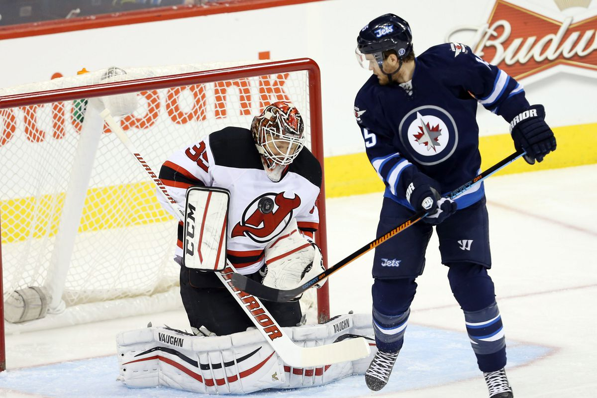 Look at this picture.  Some will see a save.  I say, where's the coverage in front? Just because it's Matt Halischuk doesn't mean he can just be free like this.