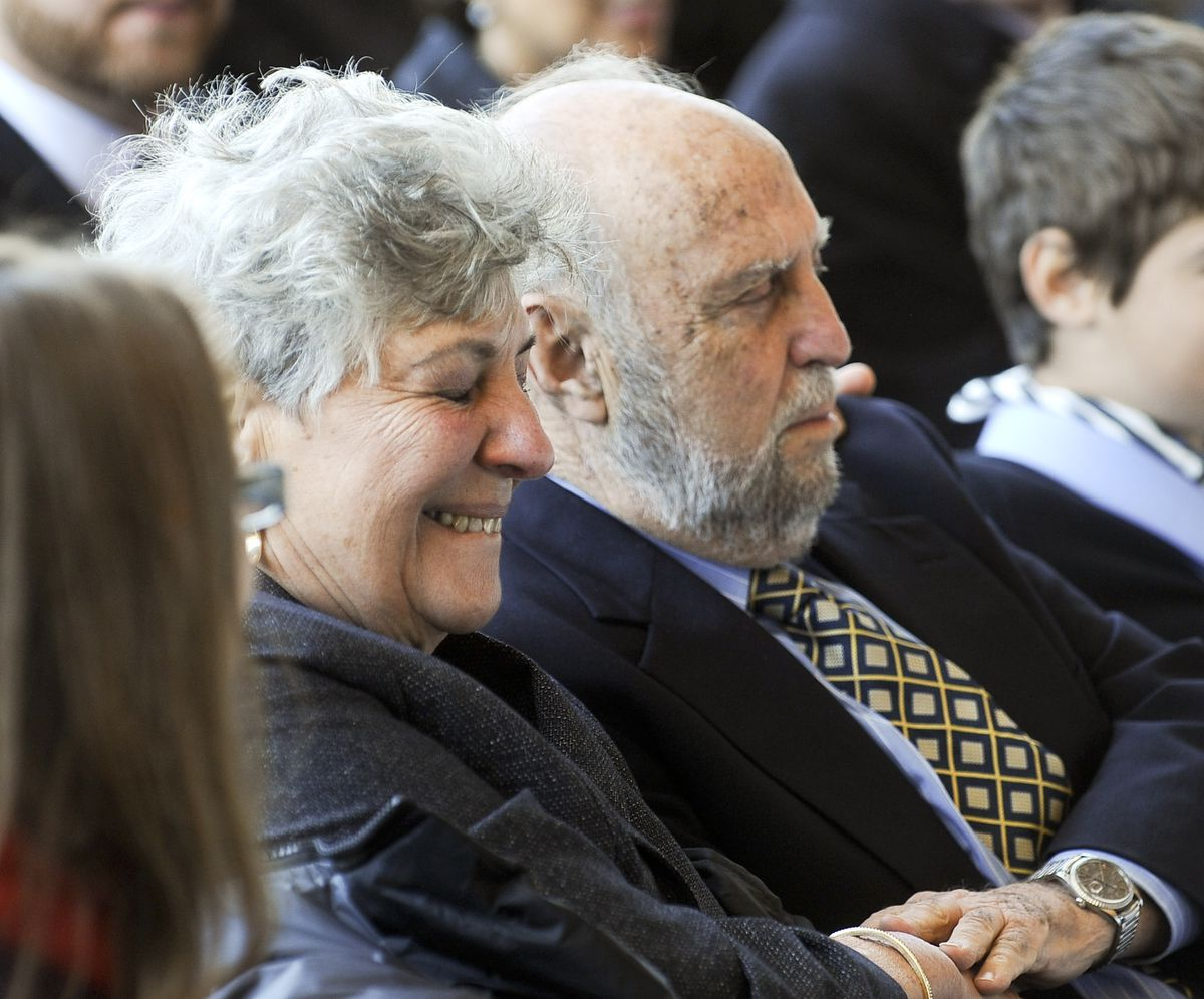Dr. Benjamin Emanuel and Marsha Emanuel, Rahm Emanuel's parents, listen as he thanks them at his inauguration as mayor on May 16, 2011.