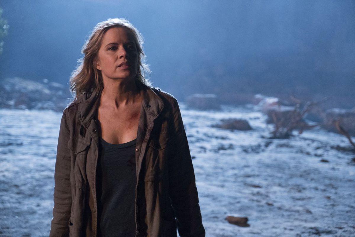 Kim Dickens in Fear the Walking Dead