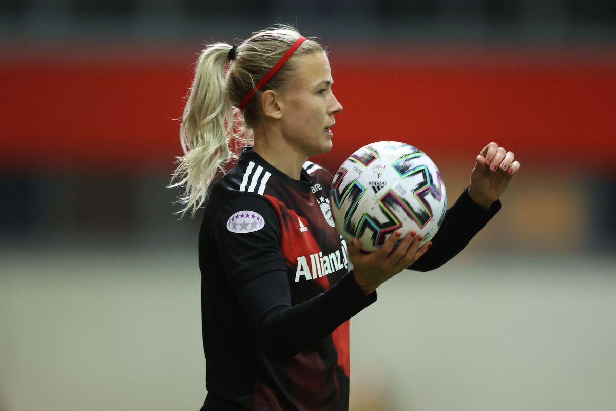 Bayern Munich v FC Rosengard - UEFA Women's Champions League Quarter Final: Leg One