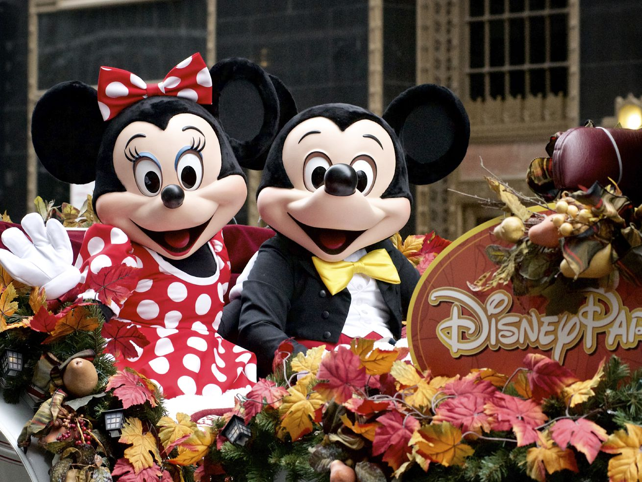 Paid to play: Here's how you can get paid to go to Disneyworld