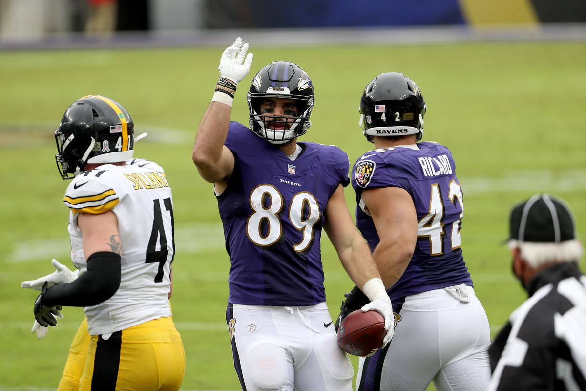 Tight end Mark Andrews #89 of the Baltimore Ravens celebrates in front of linebacker Robert Spillane #41 of the Pittsburgh Steelers after catching a first down pass in the second quarter at M&T Bank Stadium on November 01, 2020 in Baltimore, Maryland.