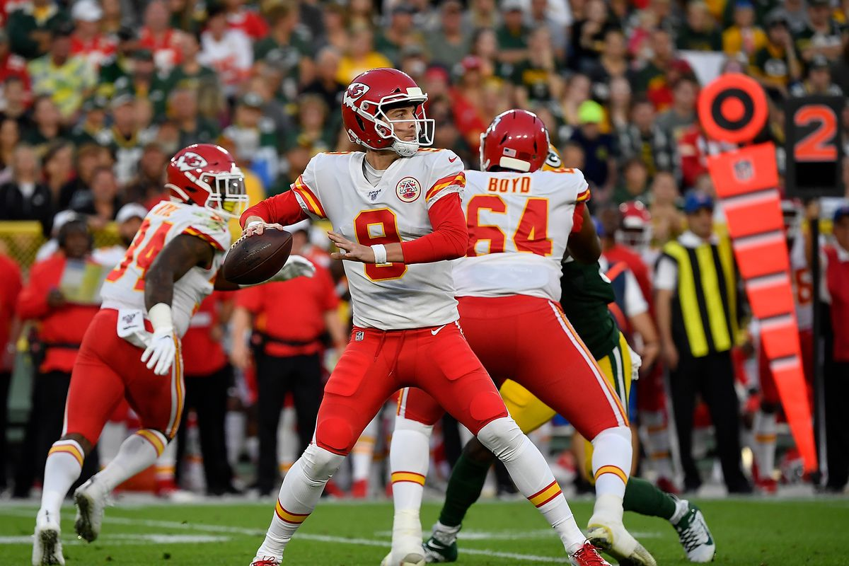 Chiefs move QB Kyle Shurmur to active roster; release De'Anthony Thomas