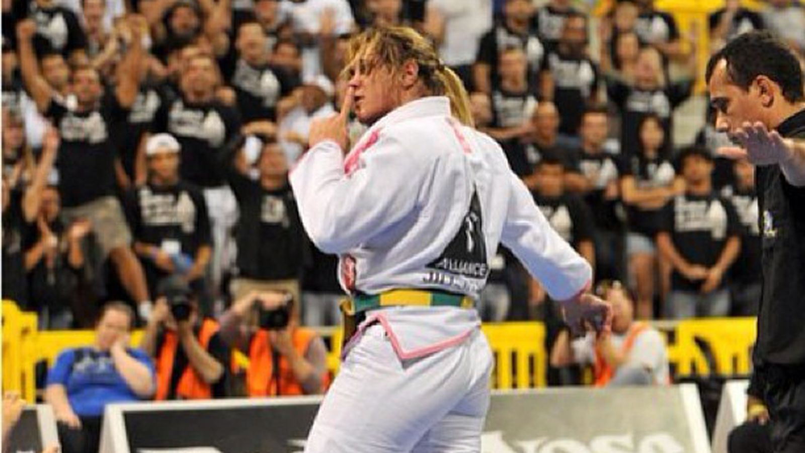 Garcia MMA, the and make she jump should to Gabi  Can