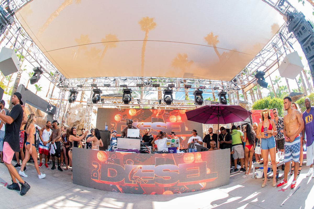 DJ Diesel, aka Shaquille O'Neal, takes over the decks at Rehab