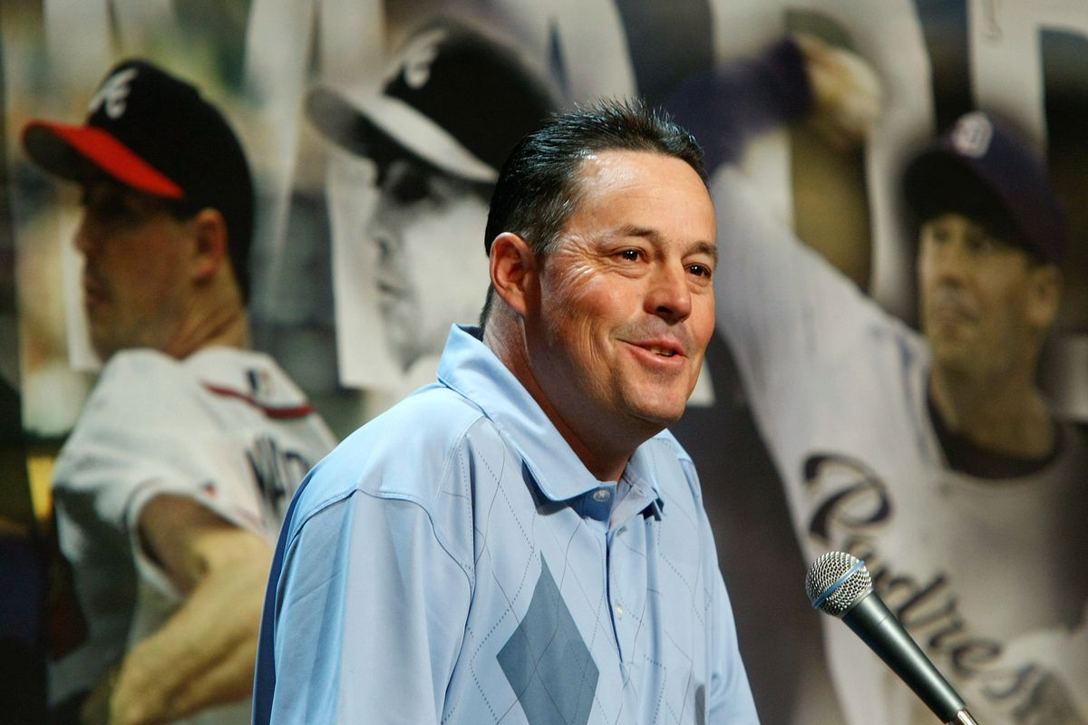 Greg Maddux will be inducted into the Hall of Fame with teammate Tom Glavine.