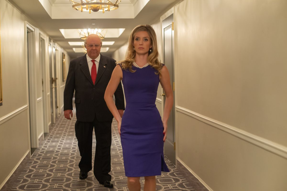 """Russell Crowe as Roger Ailes and Annabelle Wallis as Laurie Luhn in a scene from """"The Loudest Voice,"""" episode """"2001."""""""