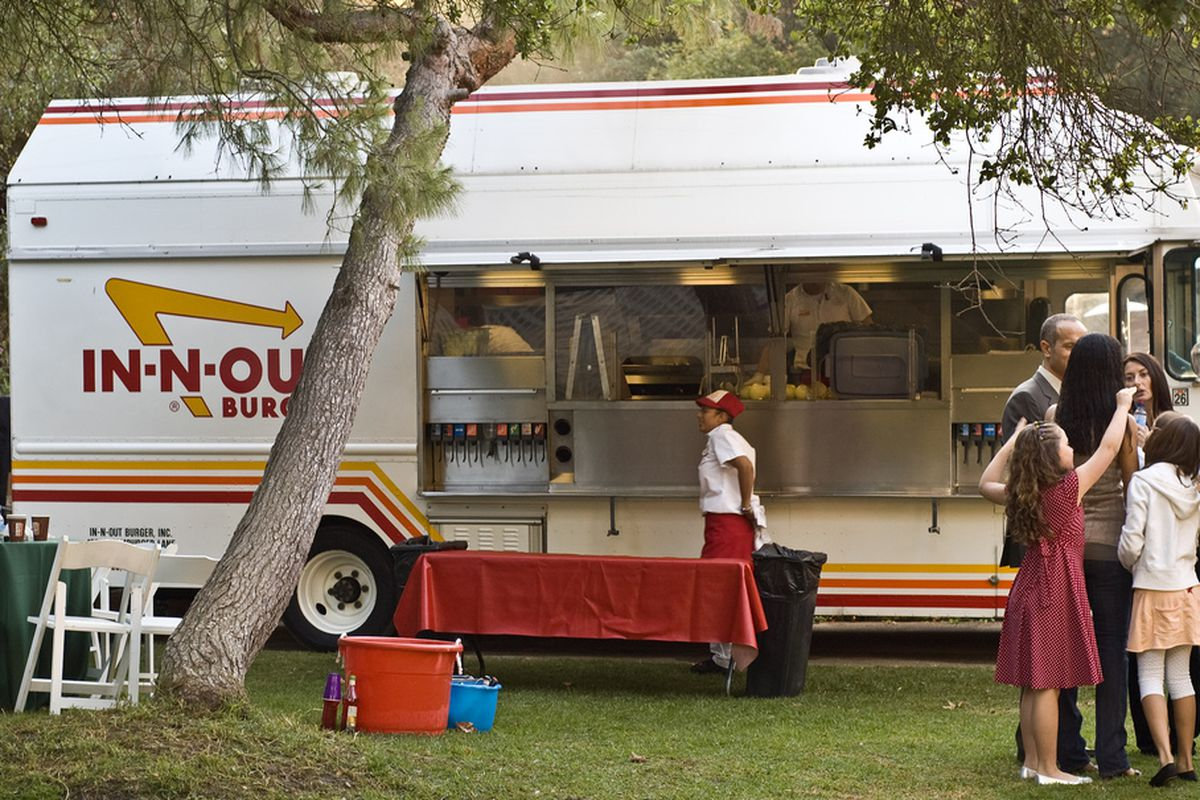 Katy Perry Goes Big By Ordering In N Out At The Golden Globes Eater La