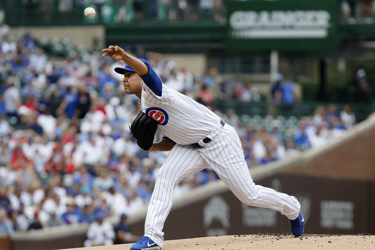 Jose Quintana of the Chicago Cubs pitches in the first inning during the game against the St. Louis Cardinals at Wrigley Field on September 21, 2019 in Chicago, Illinois.